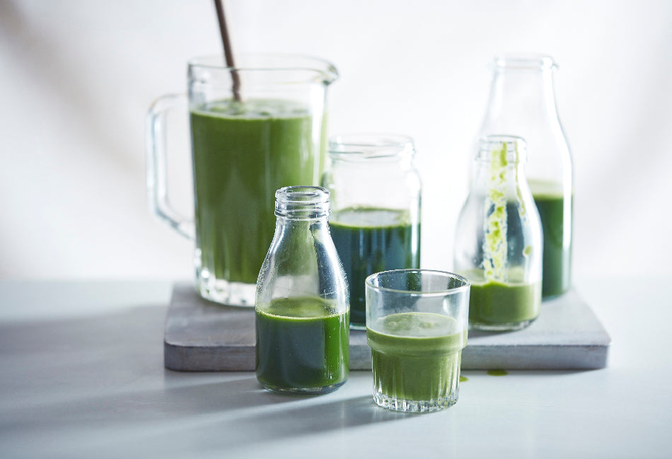 Green juice and smoothie from Nourish by Jane Clarke