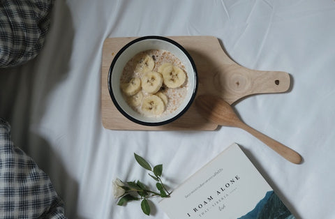banana porridge in bed breakfast
