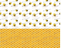 Load image into Gallery viewer, Cute Bees and Orange Honeycomb - Icing - ISA119 - Sugar, Frosting Paper, Sugar Art