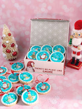 Load image into Gallery viewer, Collection of 12 Winter Round Designs - Icing - ISA162