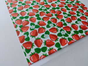 Red Strawberries Background - Icing - ISA053