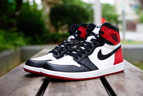 "Air Jordan 1 High OG Retro ""Black Toe"" 2016"