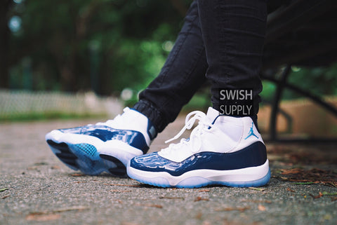 Air Jordan 11 Win like '82