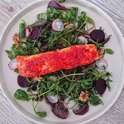 Sweet Chilli Salmon Salad with Garlic and Chilli Infused Dressing