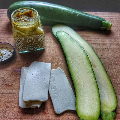 ingredients for grilled courgette with halloumi