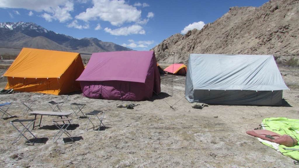 Tents_at_Chumathang