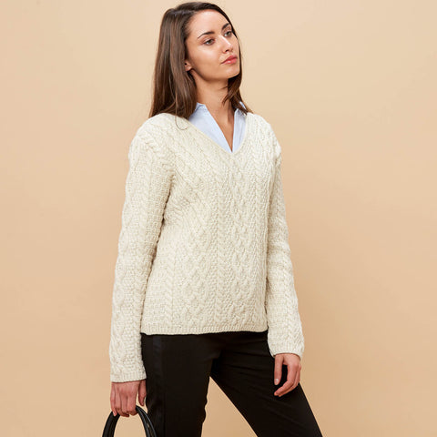 womens merino v-neck cable jumper