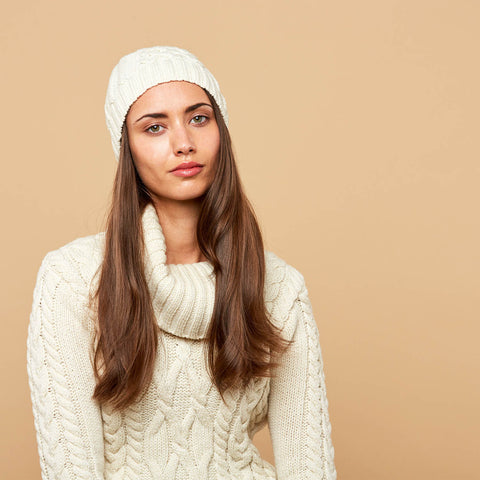 Womens honeycomb beanie and chunky cowl neck jumper