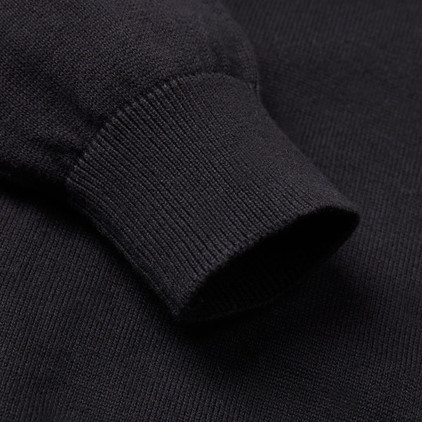 black close up sleeve polo shirt