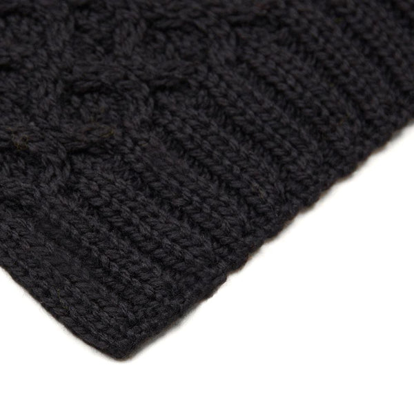 black honeycomb wool scarf