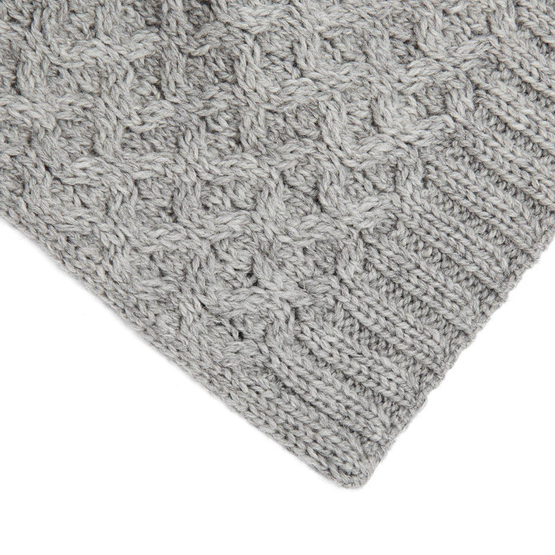 honeycomb grey wool scarf close up