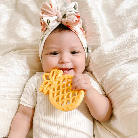 Itzy Ritzy - Chew Crew Silicone Baby Teether - Pineapple - The Milk Moustache