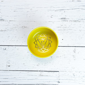 Singing Bowl Gift Set Yellow/Solar Plexus Medium.