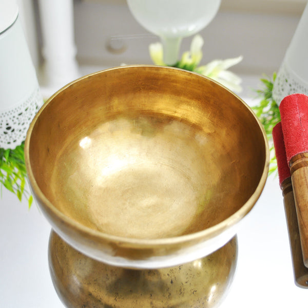 Large Tibetan Singing Bowl - Handmade