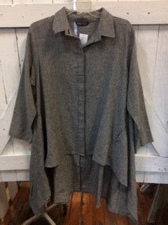 Black /white linen hi-lo tunic!