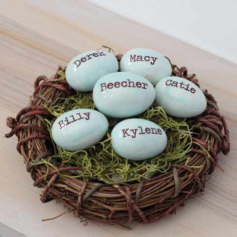6 Personalized name eggs family nest for Grandmas - Elise Thomas Designs