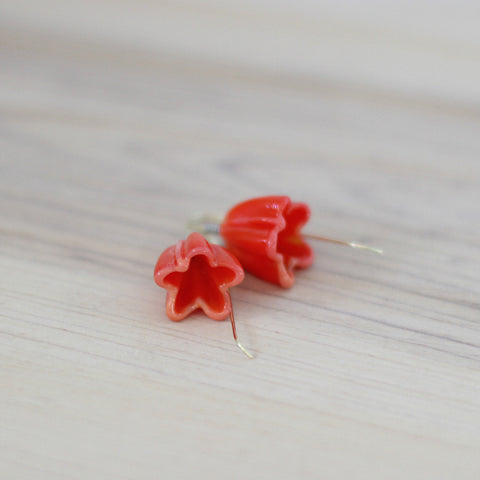 Coral orange flower earrings - Elise Thomas Designs