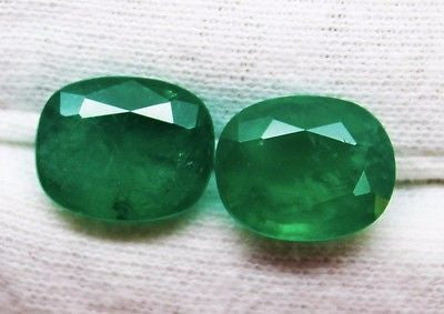 8.80 Ct / 2 Pcs Fine Natural UnTreated Emerald Cushion for Earrings & Pendent - RareGem.IN