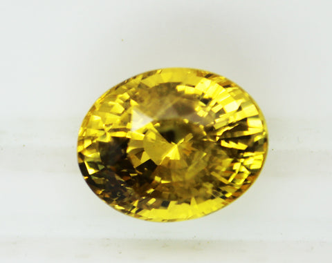 20.20 Ct CERTIFIED Fine Unheated Untreated Natural Sri lanka Yellow Sapphire - RareGem.IN