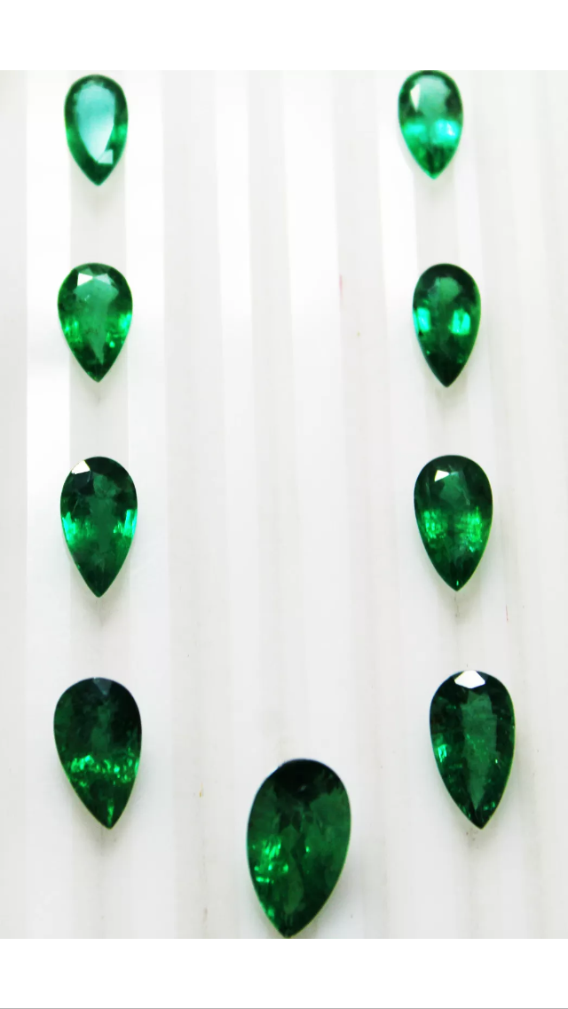 25.85 Carats 9 Pcs Emerald Pear Natural UnTreated Zambian Neckalce Layout - R A R E G E M . I N