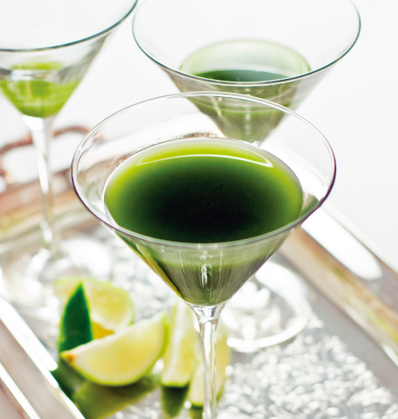 Keep it Classy with this Matcha Green Tea Gimlet