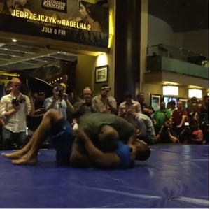 Derrick Lewis And Larry Crowe @ UFC Open Workouts in Vegas!