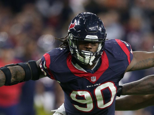 Texans Looking To Extend Jadeveon Clowney