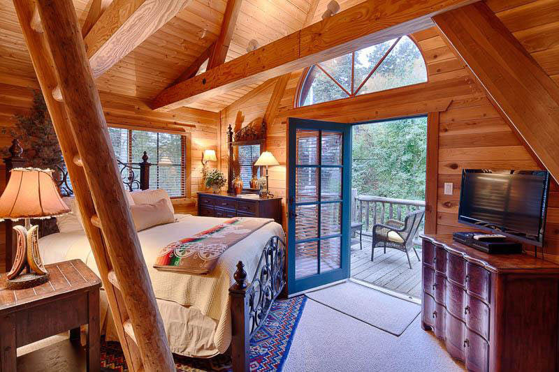 bedroom view of the chalet resort as part of the blue light resorts in Sundance, UT