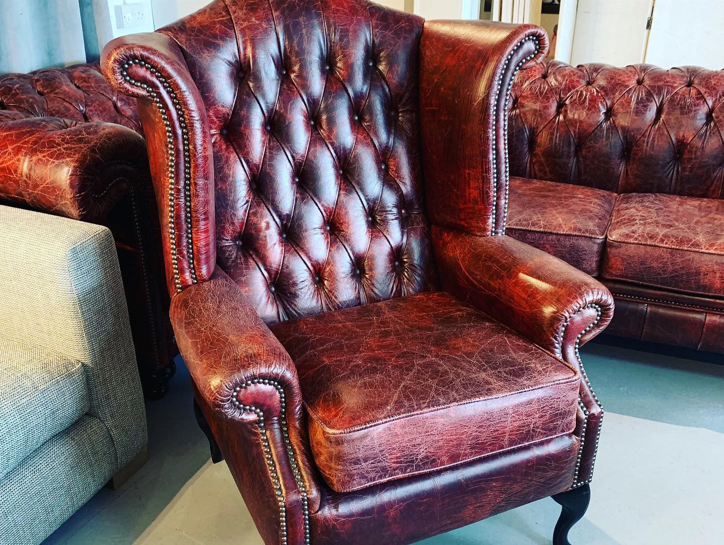 B Chesterfield Queen Anne Wingback Chair In Distressed Oxblood Antique Leather
