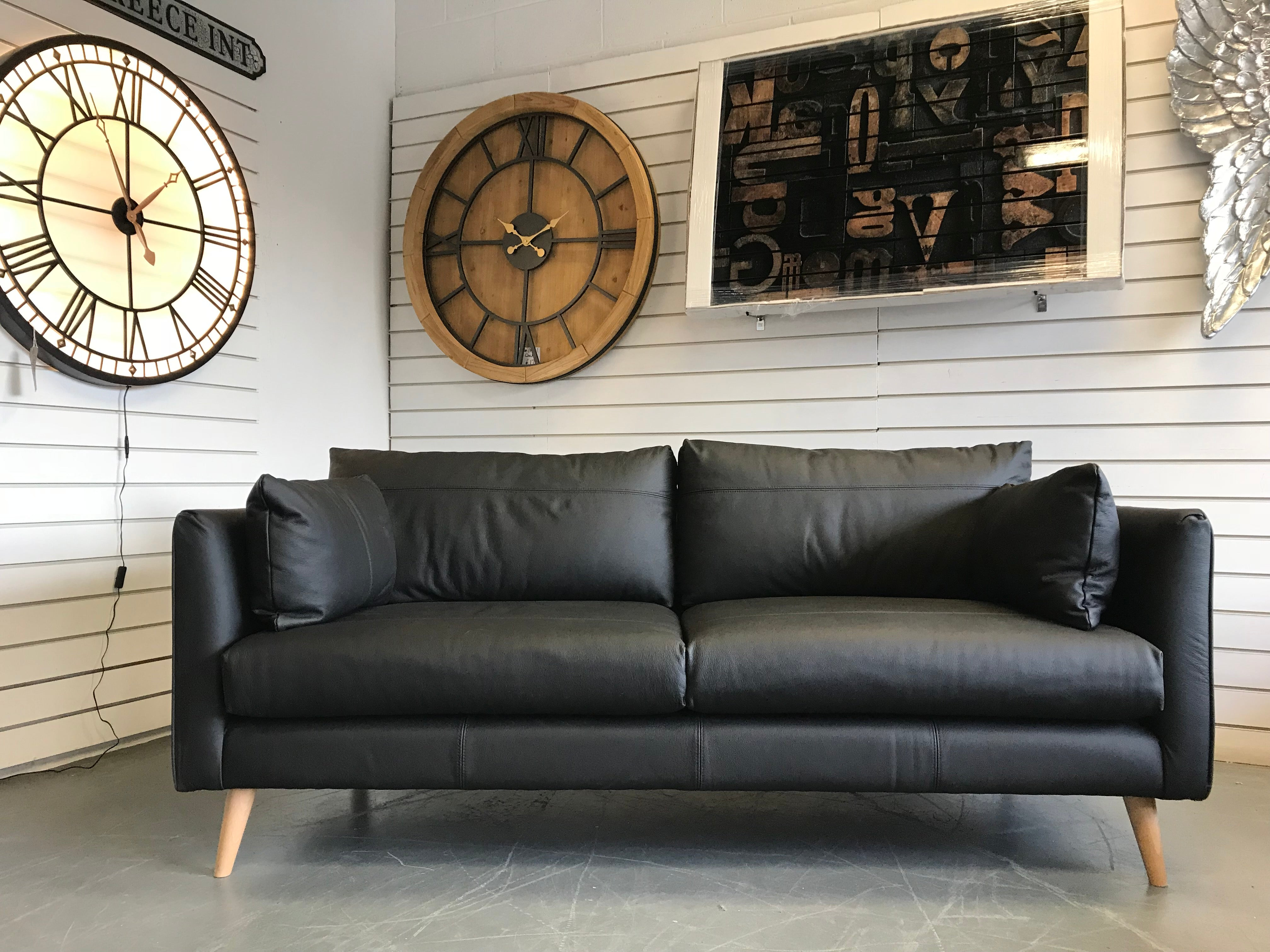 A Retro Style Black Leather 3 Seater Sofa Rrp 1680 Annalise