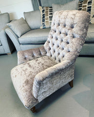 Carnaby bedroom / slipper style button back accent chair in silver crushed velvet fabric