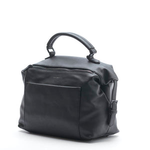 Black, soft, vegan leather, duffle cross body pixie mood. The Allison crossbody bag in black has a top handle. Front zipper and pocket on the bag give a spacious interior.