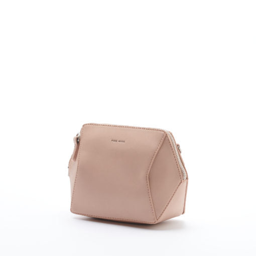 Geometric, tan, vegan leather pixie mood bag. The Ashton crossbody in tan features a long crossbody strap.