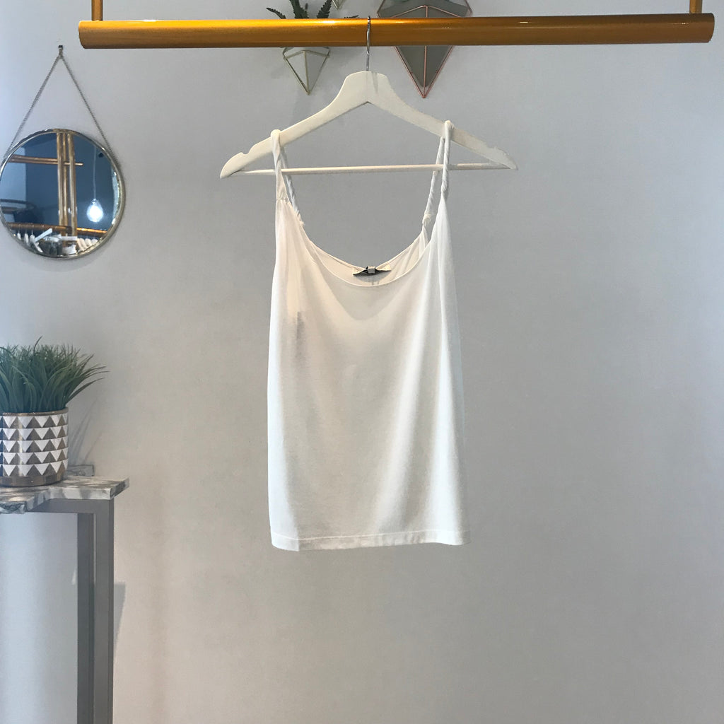 UNIKONCEPT Lifestyle boutique: image shows the Camila Cami in white by Heartloom. This classic fittin cami features twisted spaghetti straps to add a little extra detail.