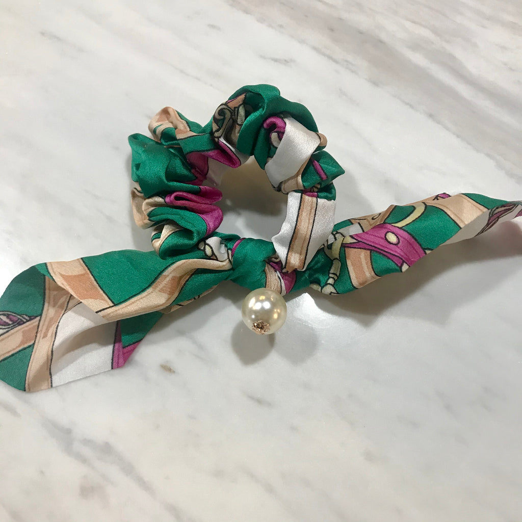 Hair Scrunchie w pearl  - Emerald