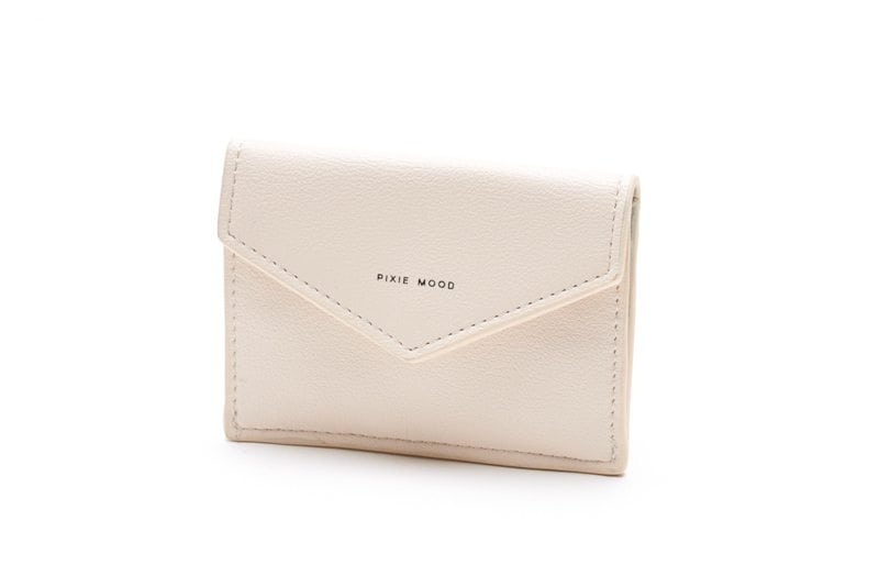 Fold over, envelope pixie mood credit card case. The carol case is ivory in colour.