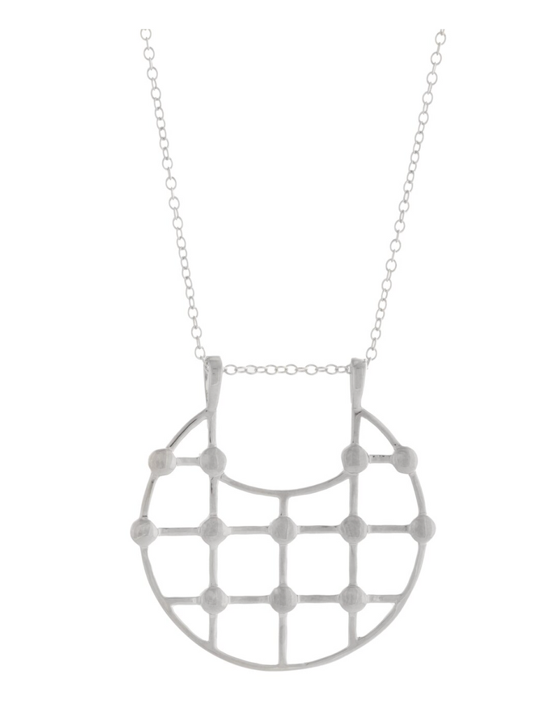 UNIKONCEPT Lifestyle boutique; image shows the Arya Necklace in Silver by Sarah Mulder. This necklace features a grid detailed circular pendant, front facing on a dainty silver chain.
