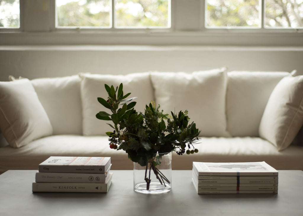 How To Effortlessly Style Your Coffee Table