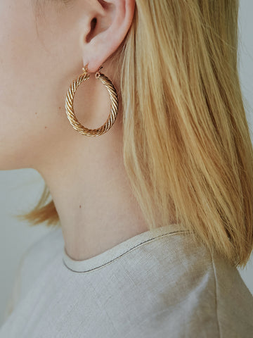 RELIQUIA Gold Rope Hoop Earrings