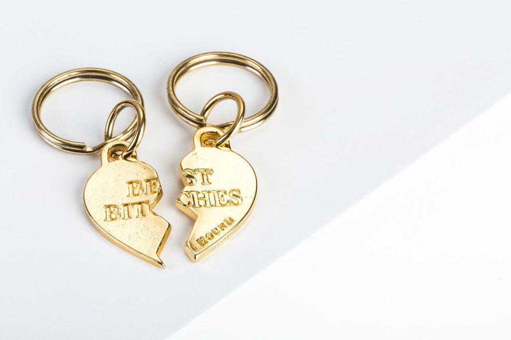 BEST BITCHES CHARM SET