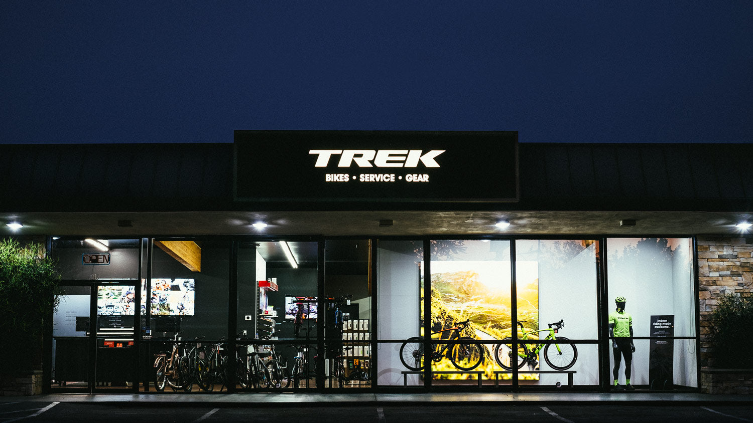 Trek Bicycle Tustin, top-rated bike shop