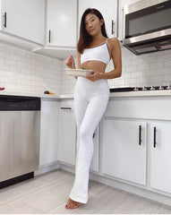 Model Meals Customer, Emily, enjoys a meal in her kitchen
