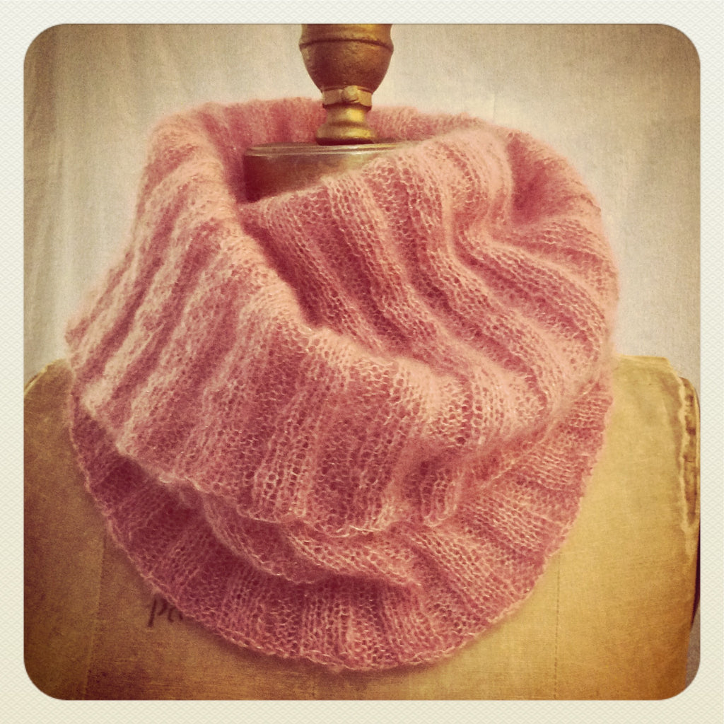 Free Knitting Pattern Angel Cowl