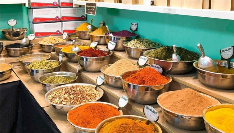 Discover the essential spices of Israeli cuisine