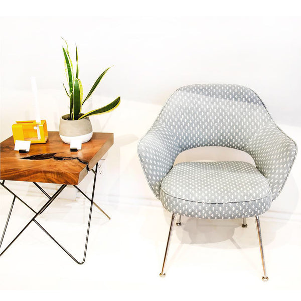 vintage saarinen chairs