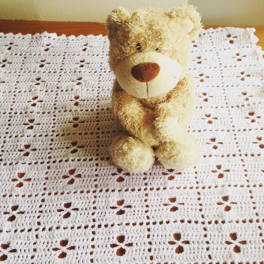 Guided Craft Project-Crochet a Baby Pram Blanket