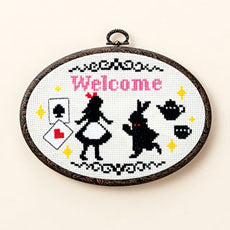 LECIEN COSMO Cross Stitch Kit with Hoop - Alice in Wonderland 6821