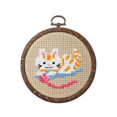 Olympus thread embroidery cross stitch kit with hoop no. 7347 Cat playing with yarn