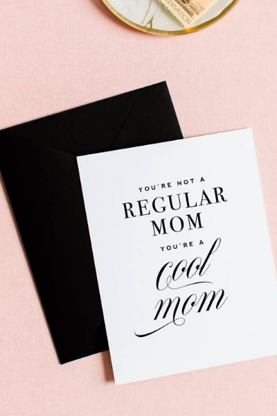 MOM + DAD - COOL MOM CARD
