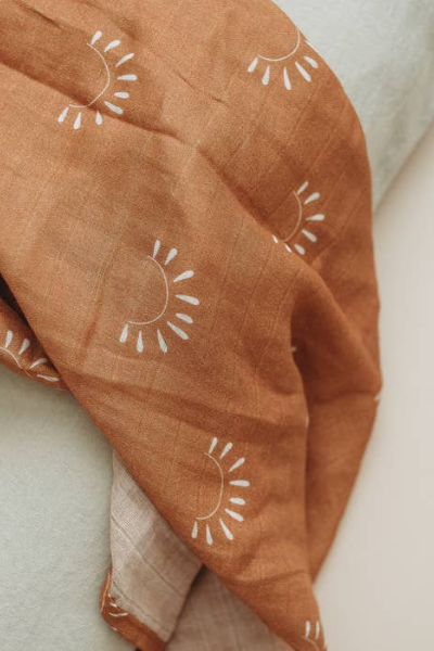 SUNDOWN MUSLIN SWADDLE